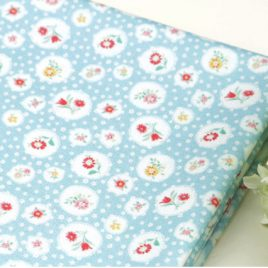 Mavi Bahar Çiçekleri Doğal Pamuk Kumaş